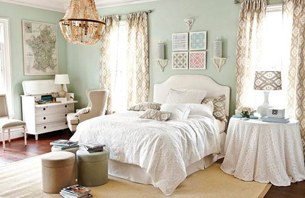 How To Decorate Bed Room