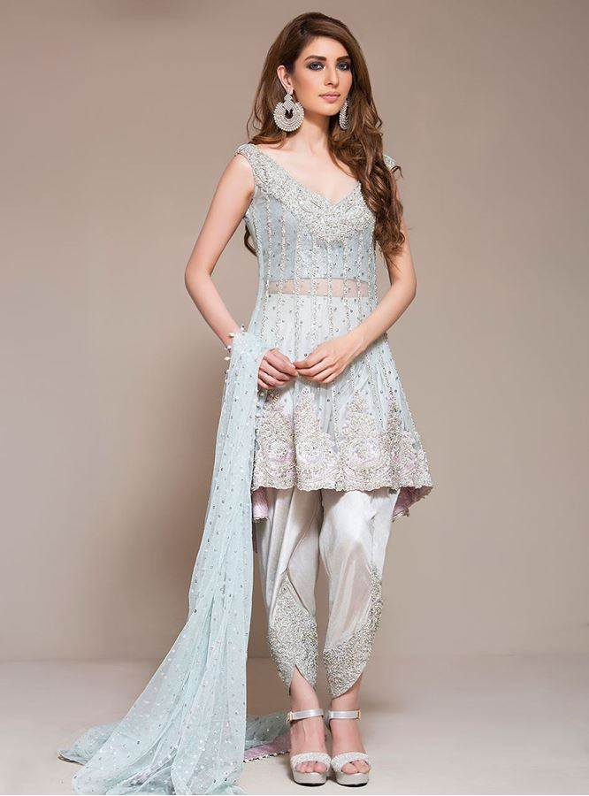 Latest-Pakistani-Eid-Dresses-2017-For-Women-