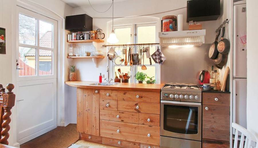 how to adjust in small kitchen