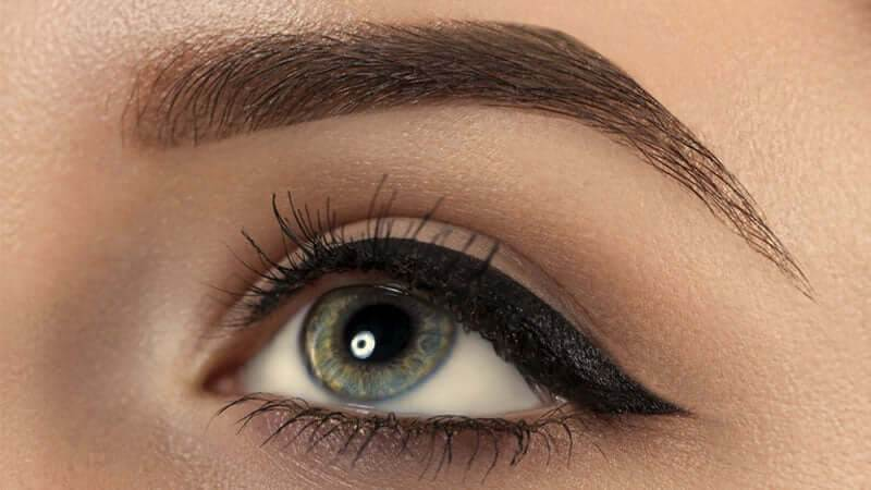 eyebrow kale karne ke upay in hindi
